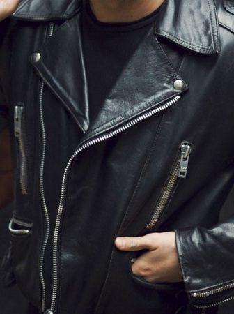 Как обновить кожаную куртку, не боясь ее повредить