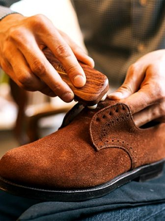 Уход за замшевой обувью в домашних условиях